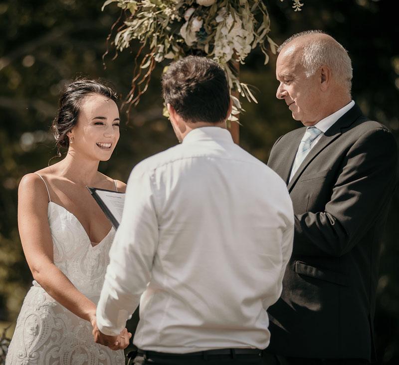 Bay of Islands wedding celebrant / mariage celebrant Pete Gentil